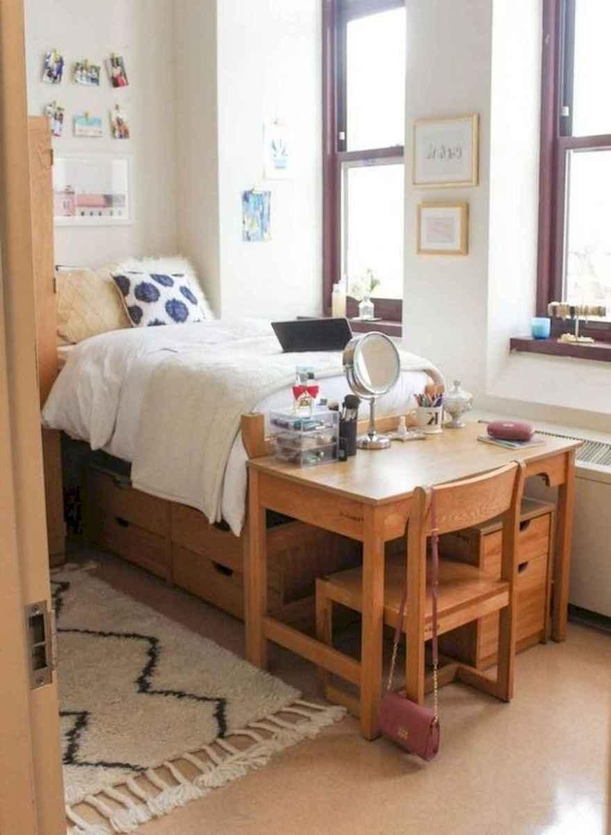 80 Fantastic Small Apartment Bedroom College Design Ideas and Decor (53)