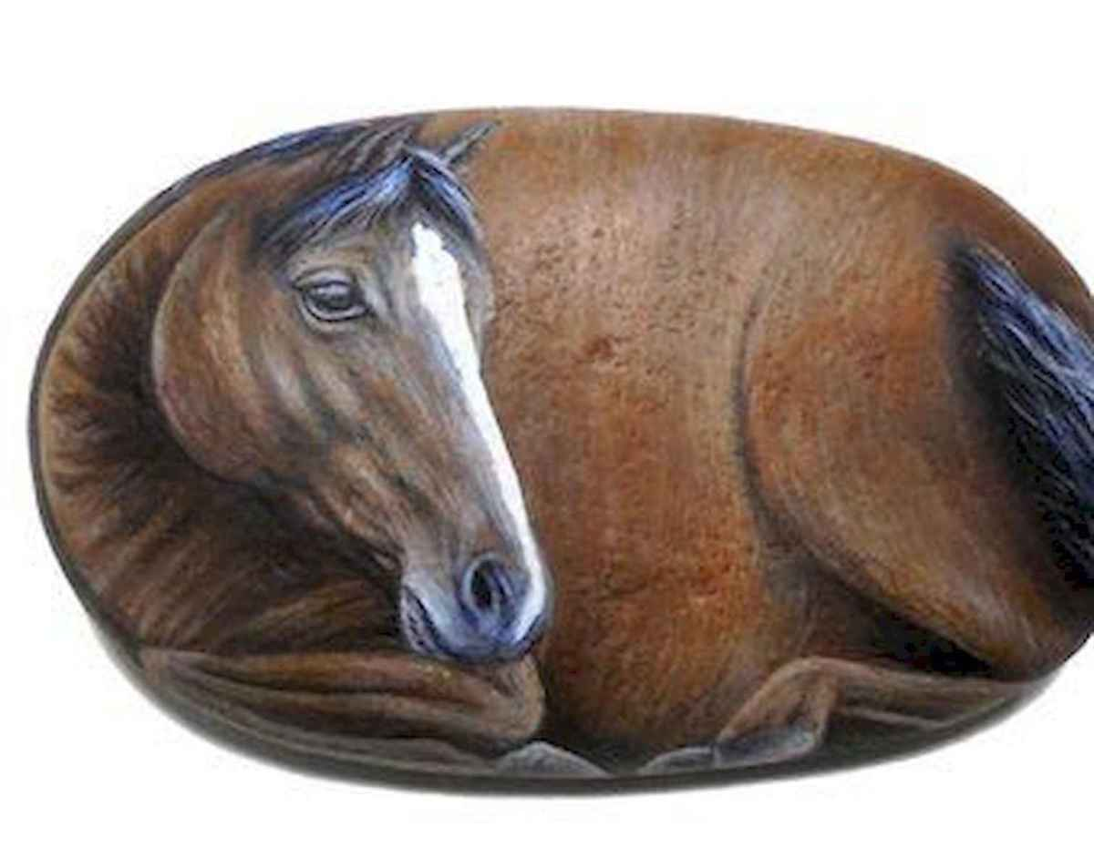 25 Suprising DIY Projects Painted Rocks Animals Horse for Summer Ideas (24)