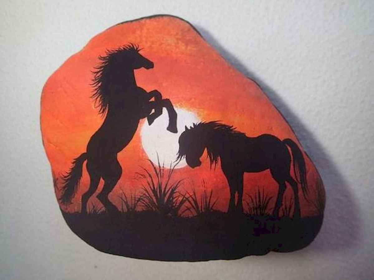 25 Suprising DIY Projects Painted Rocks Animals Horse for Summer Ideas (4)