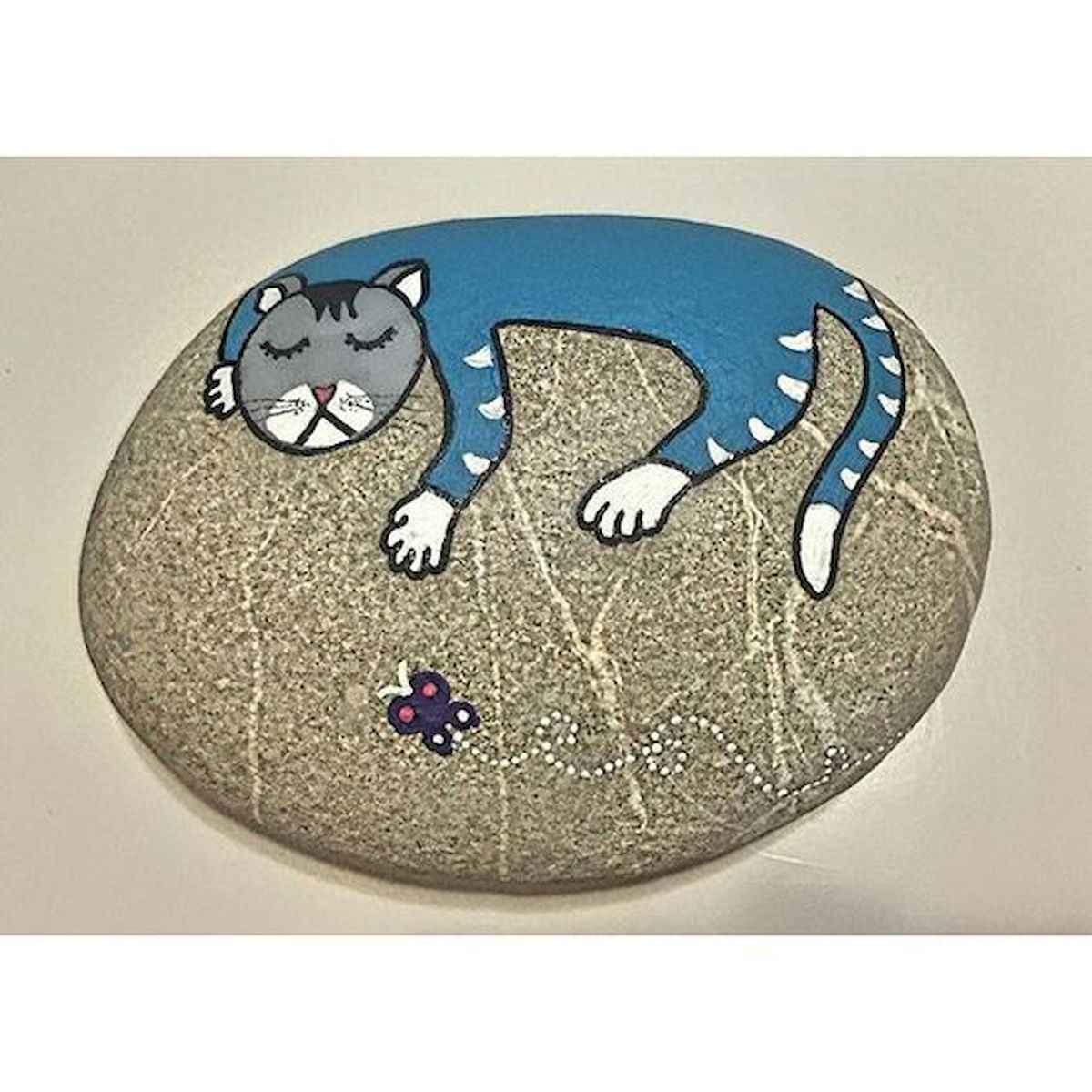 50 Inspiring DIY Painted Rocks Animals Cats for Summer Ideas (12)