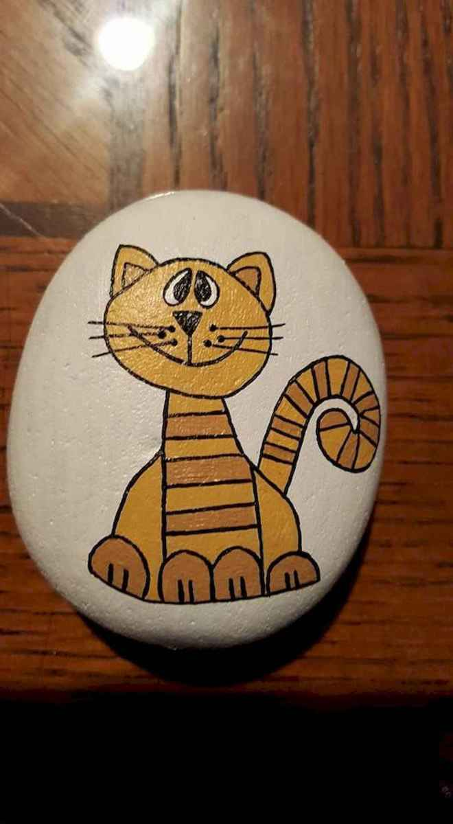50 Inspiring DIY Painted Rocks Animals Cats for Summer Ideas (15)