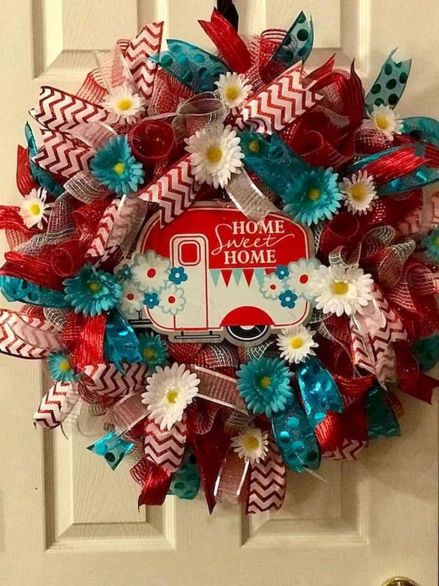 60 Beautiful Front Door Summer Wreath Decor Ideas (3)