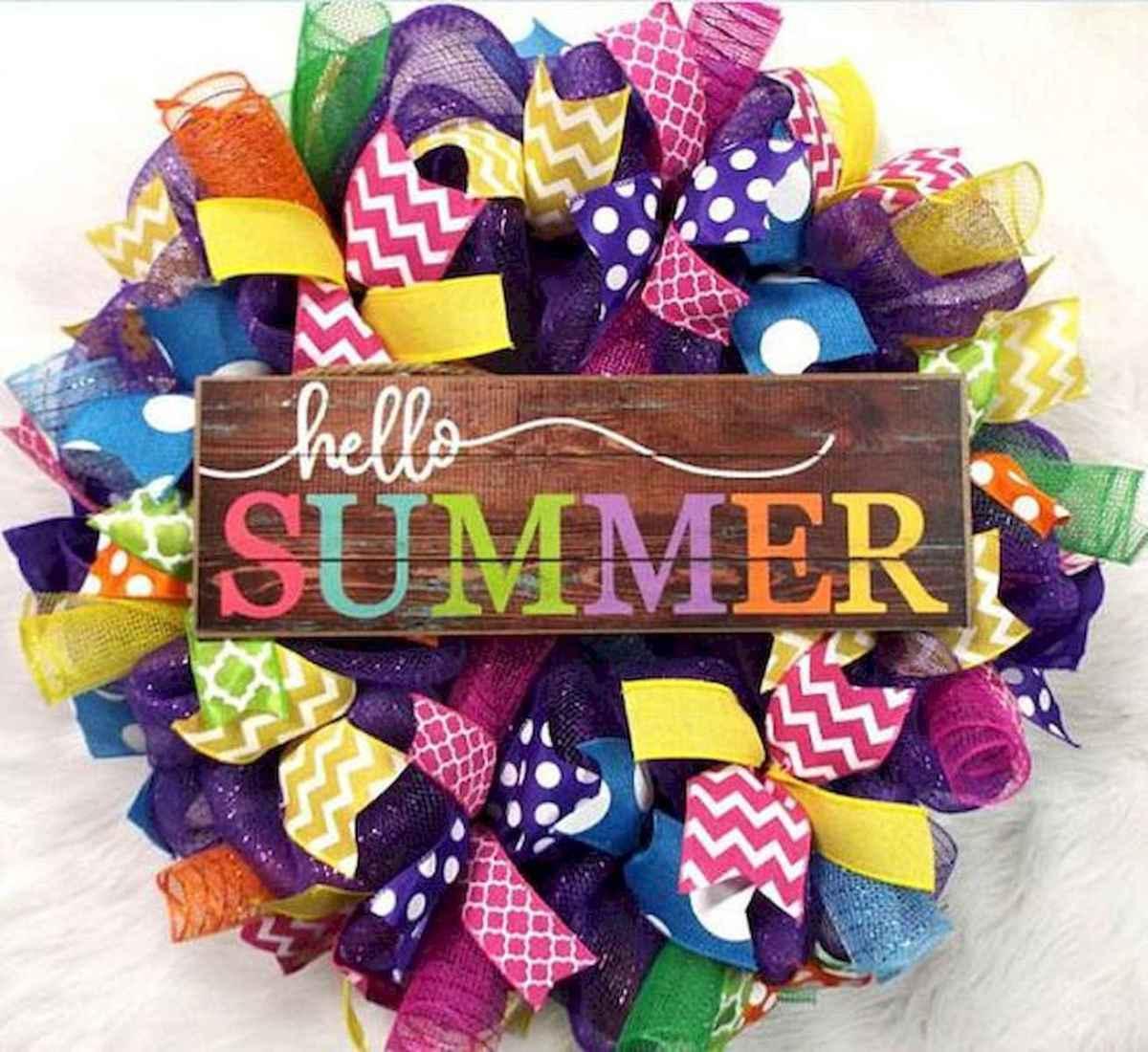 60 Beautiful Front Door Summer Wreath Decor Ideas (35)