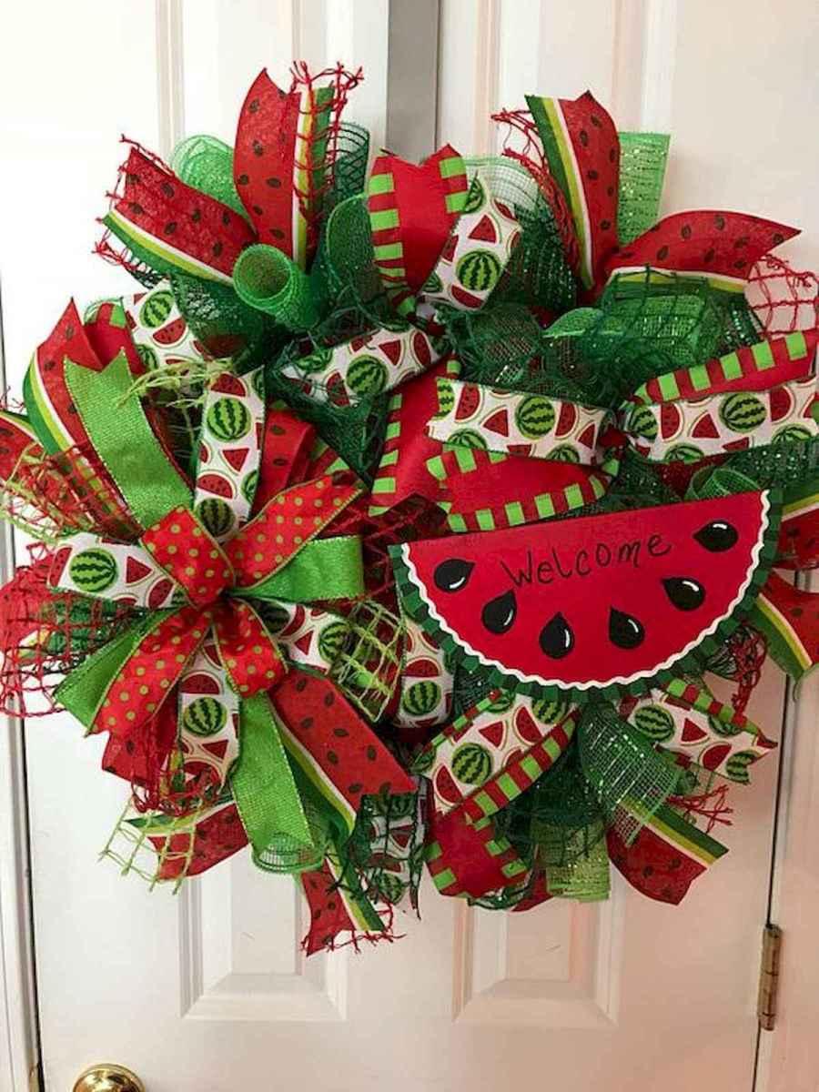 60 Beautiful Front Door Summer Wreath Decor Ideas (37)
