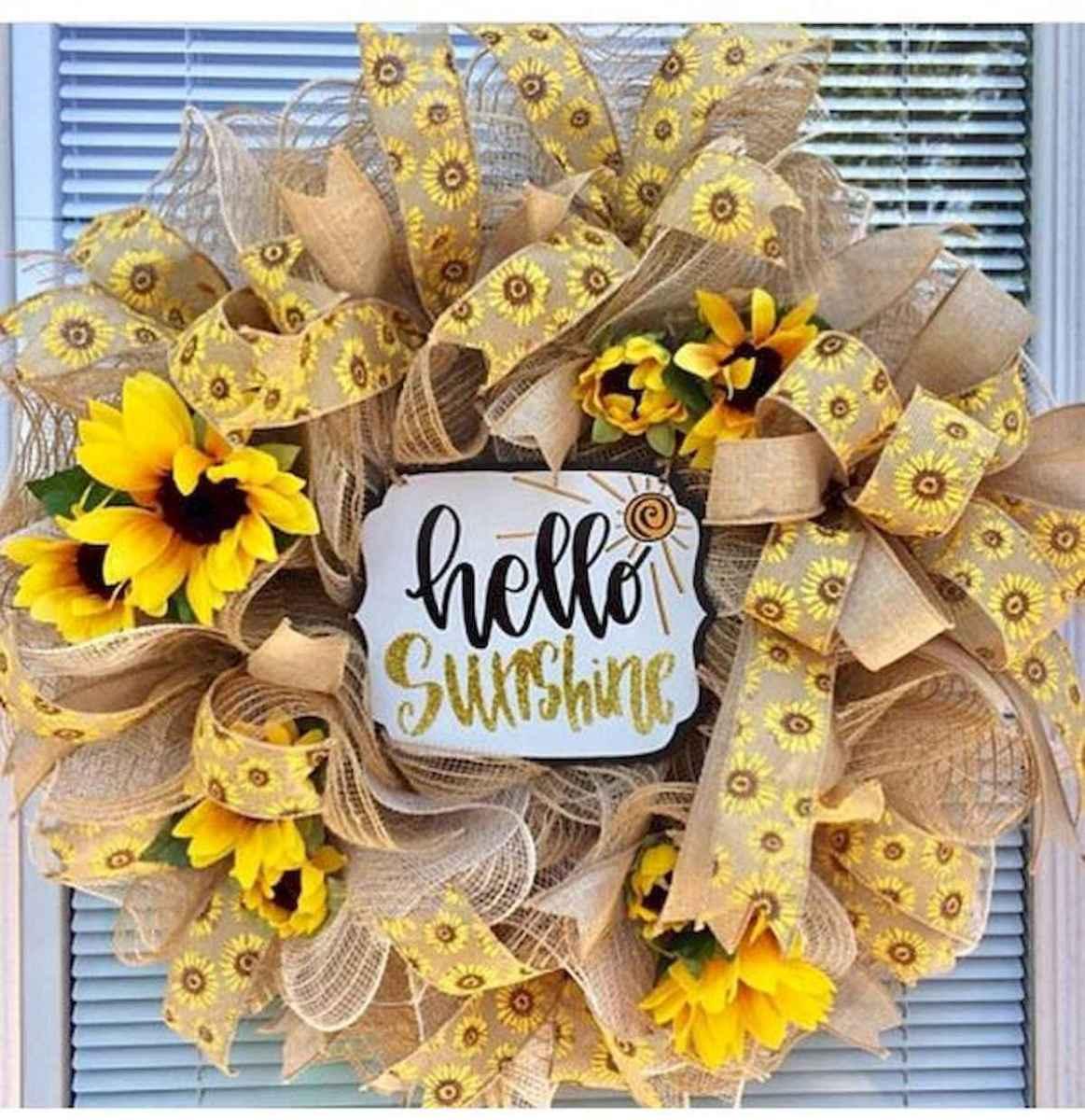 60 Beautiful Front Door Summer Wreath Decor Ideas (40)