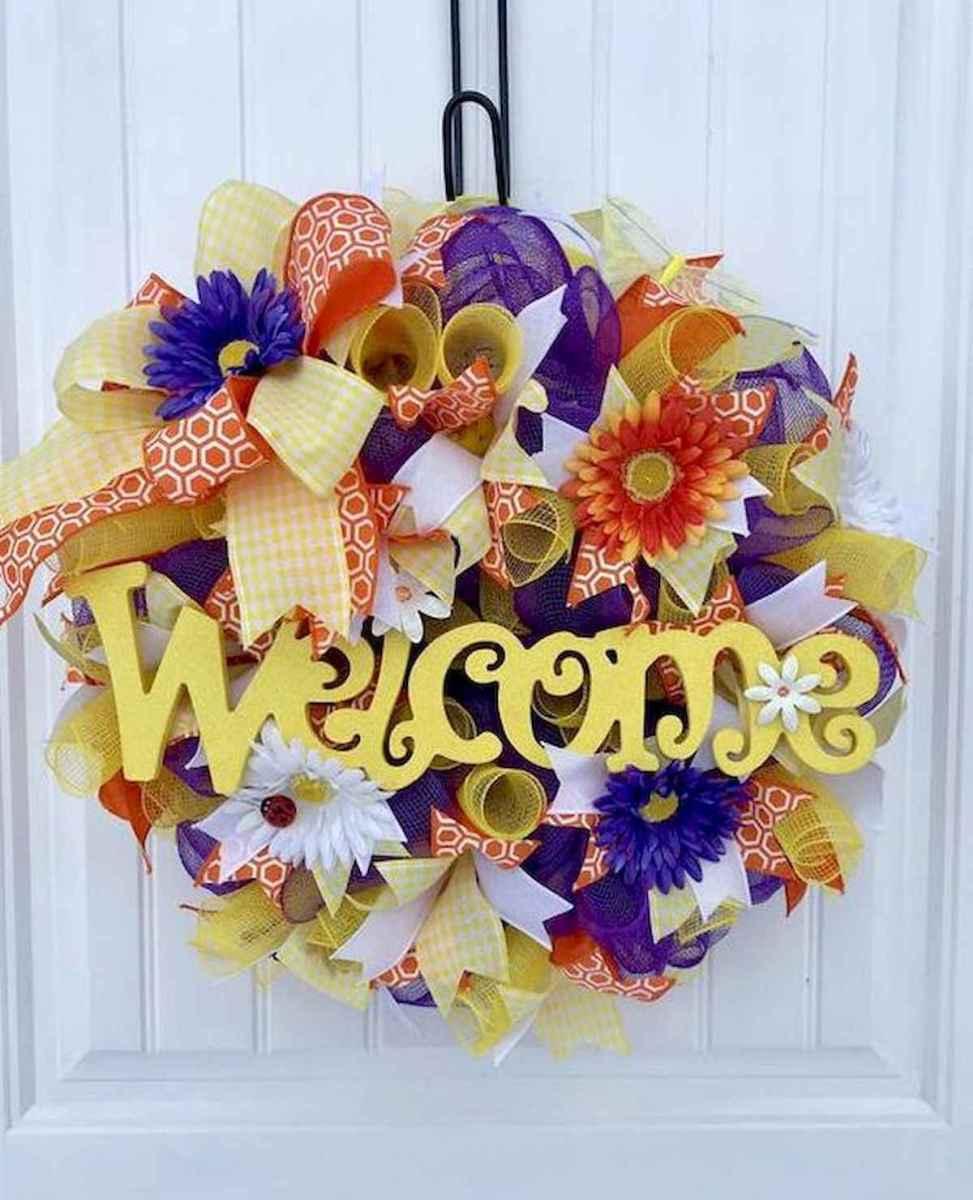 60 Beautiful Front Door Summer Wreath Decor Ideas (47)