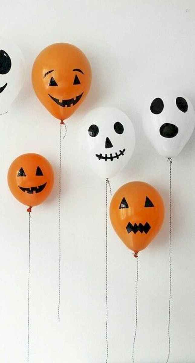 90 Awesome DIY Halloween Decorations Ideas (52)