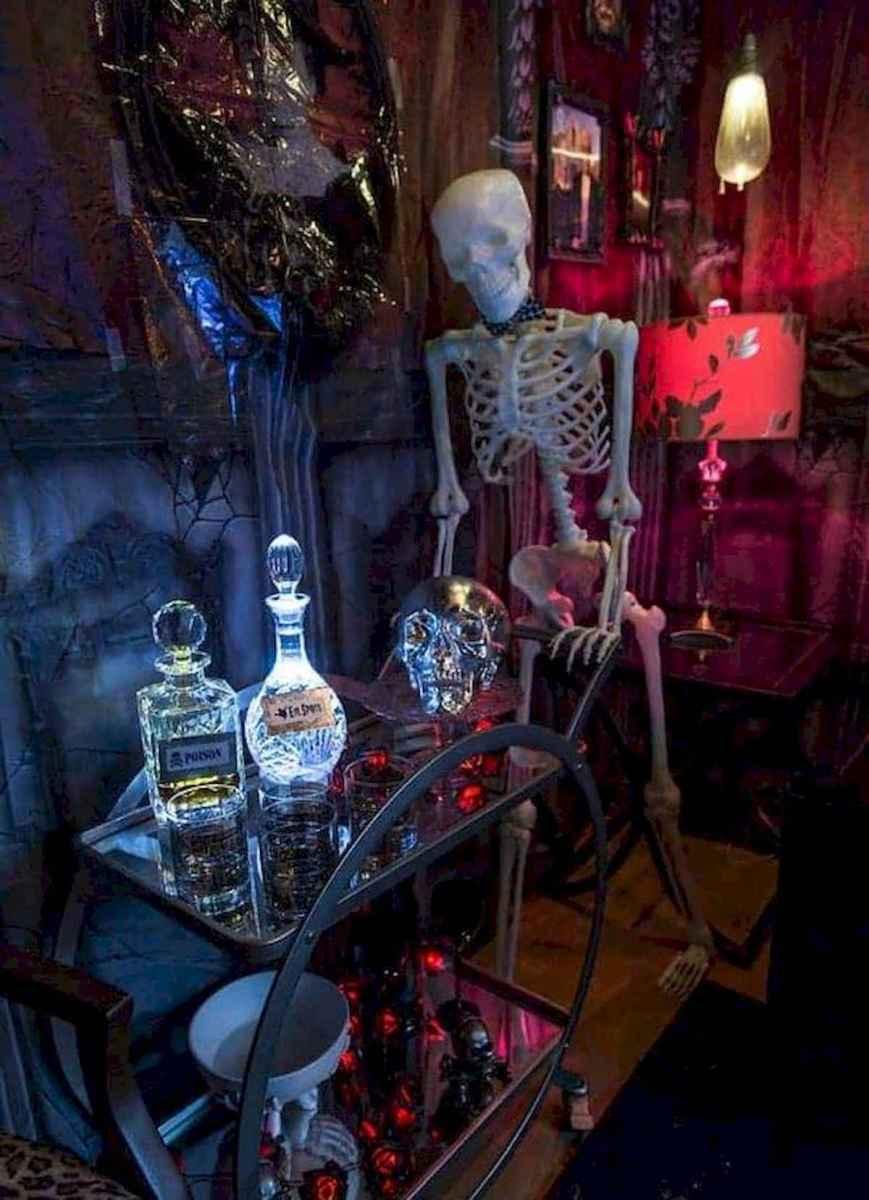 90 Fantastic Halloween Party Decor Ideas (79)