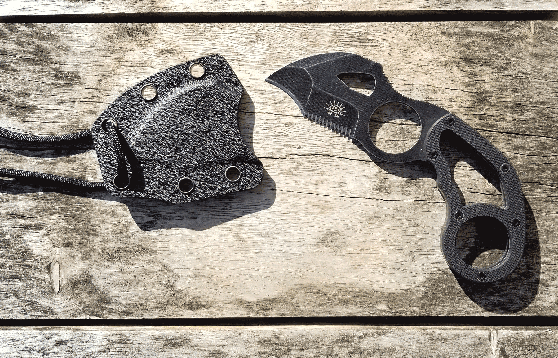 Review Of The Hawkeye Neck Knife By Off-Grid Knives