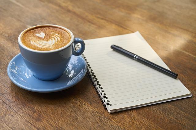 Gundi Gaschler: Herr Rosenberg und die Kaffeetasse