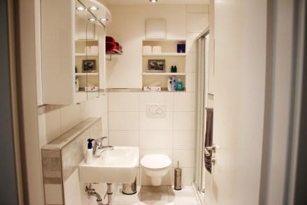 Das Duschbad teilen Sie sich mit 1-2 anderen Gästen
