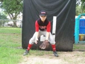youth baseball ready position