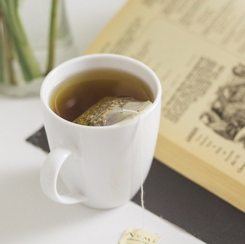 My Top 5 Favorite Herbal Teas to Cozy Up With At Night (All Caffeine-Free!)