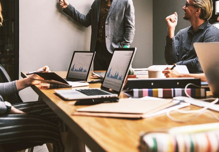 How To Build Productive Relationships In The Workplace