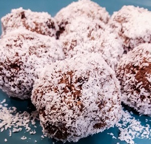 protein energy balls. chocolate coconut balls. low carb