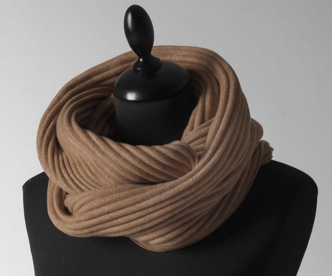 Pleece_snood _Designed_by_Marianne_Abelsson___Fashion___Collection___Design_House_Stockholm