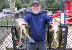 Bobby Smith wins again on Deerpoint with 13.52 lbs. anchored by a 4.04 lb lunker.