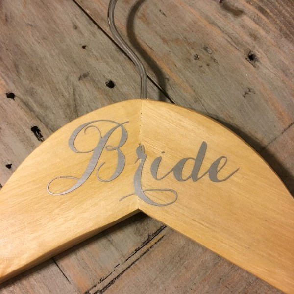 cricut-wedding-hangers-14