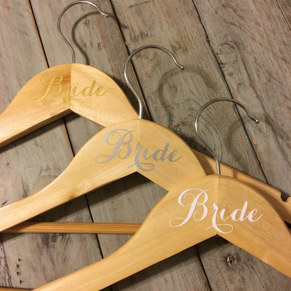 Personalized wedding hangers made with cricut explore air coastal cricut wedding hangers 15 solutioingenieria Images