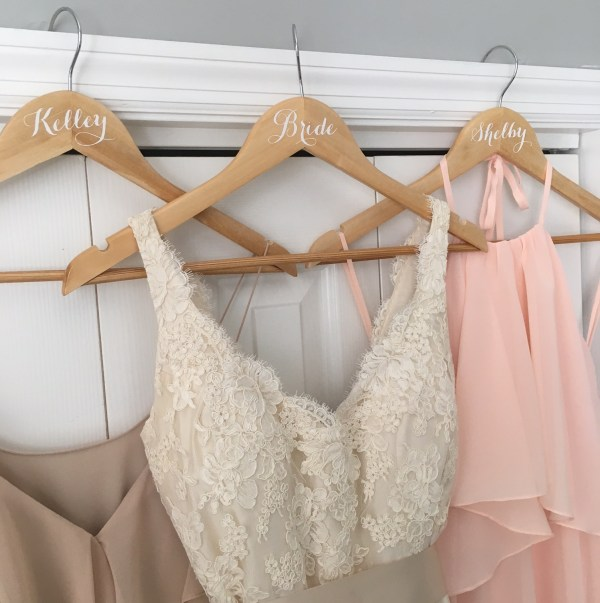 cricut-wedding-hangers-18