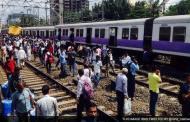 ಮುಂಬೈ:ಹಳಿ ತಪ್ಪಿದ ಲೋಕಲ್ ಟ್ರೈನ್