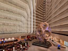 The atrium of the Hyatt Regency San Francisco
