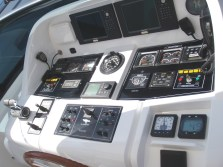 Boat dashboard controls