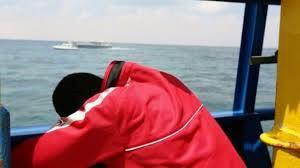 boat sink hole repair 4