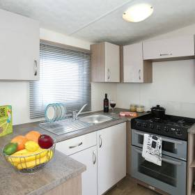 bromley-caravan-3