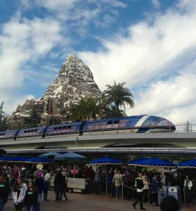 Disneyland Matterhorn - Monorail - First Timer Tips