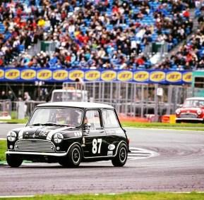 Mini Car Racing