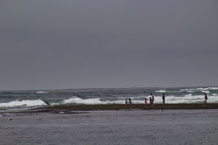 Tide rolling in at Fitzgerald Marine reserve in Moss Beach. Dawn Page/CoastsideSlacking