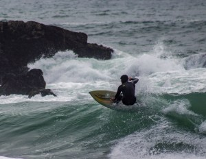 Surfer at Montara beach. Dawn Page/CoastsideSlacking