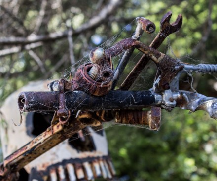 Sebastopol junk art by Patrick Amiot and Brigitte Laurent. Dawn Page / CoastsideSlacking