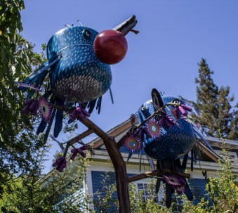 Sebastopol junk art by Patrick Amiot and Brigitte Laurent. Dawn Page / CoastsideSlacking