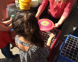 Spin art frisbees in the kid zone at the 2017 Half Moon Bay Pumpkin Festival. Dawn Page / CoastsideSlacking