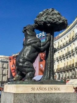 Puerta del Sol, Madrid, Spain. Dawn Page / CoastsideSlacking