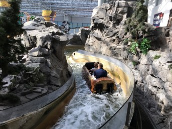 Flume ride at Mall of America. Dan Page/CoastsideSlacking