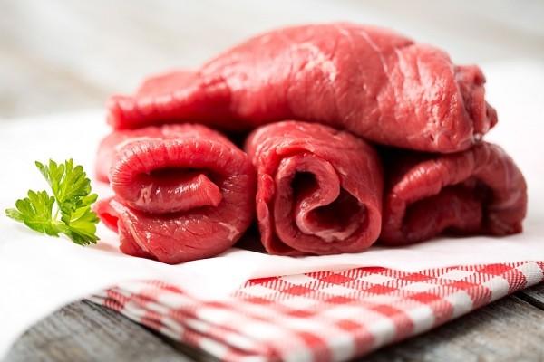 thịt bò tái quấn