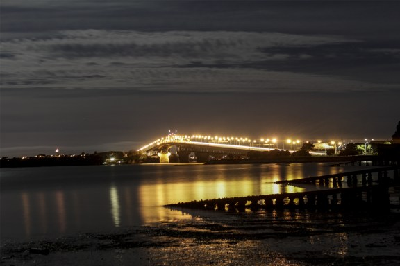 cobaltstate_auckland_enjoyable_bridge_night