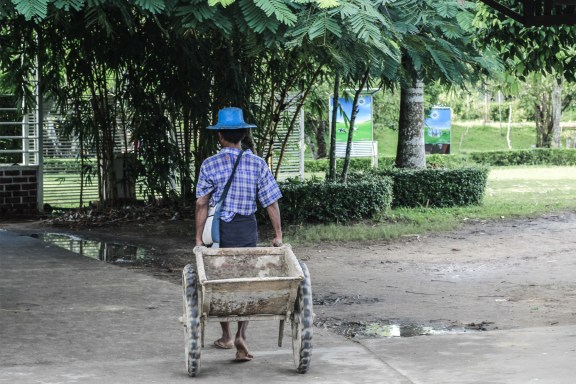 cobalt_state_myanmar_yangon_from_the_parc_blue_hat
