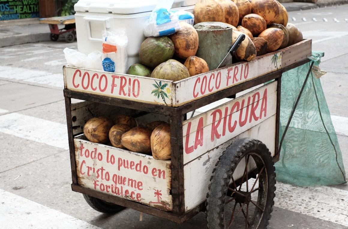 coco frio stand cartagena