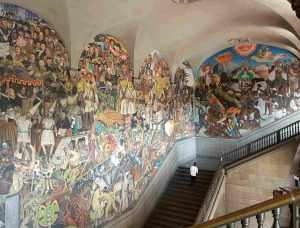 Giant mural depicting the history of Mexico in the National Palace