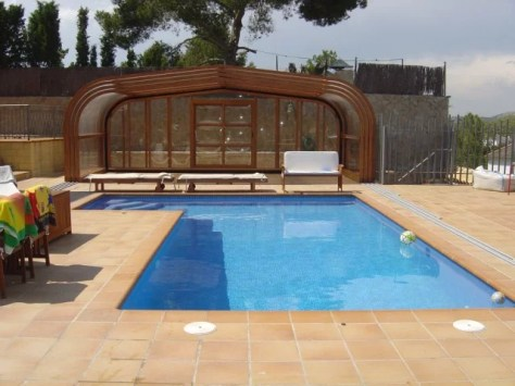 Máxima amplitud en la piscina en verano