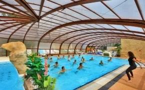 aquagym en piscina cubierta