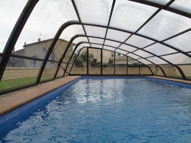 Cubiertas de piscina en barcelona for Piscina cubierta ronda