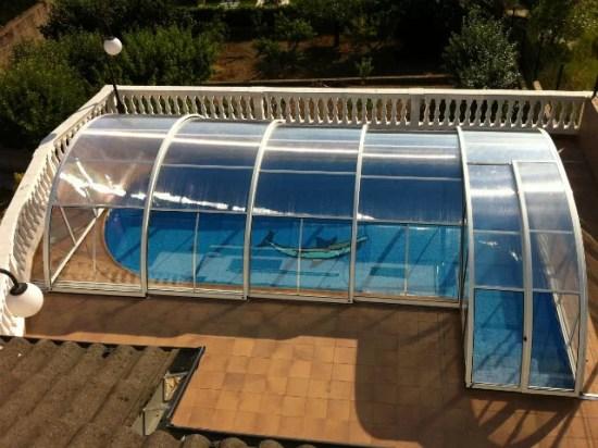 Proyecto personalizado cubrir piscina