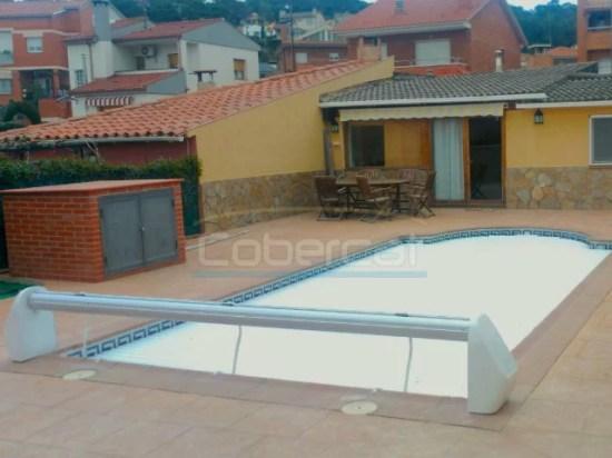 persiana enrotllable piscina
