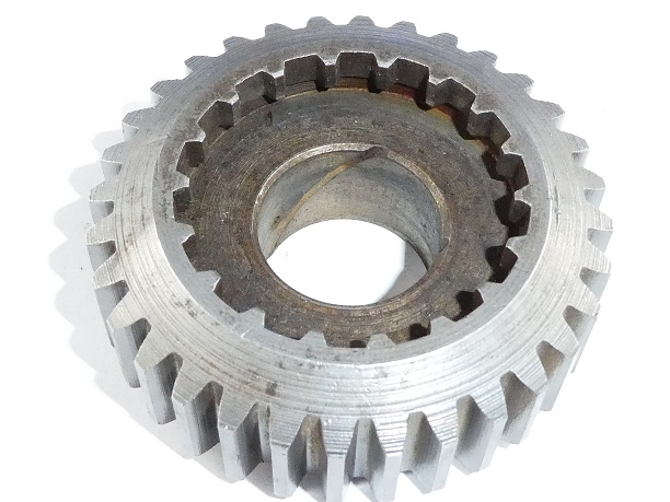 <strong><em>27-C-5 1st gear Layshaft. 32 Teeth. CP. $40</em></strong>