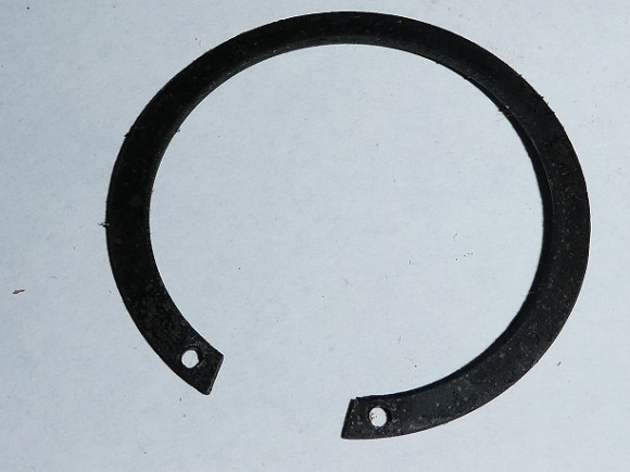 <strong><em>37-1-C-2 Washer mainshaft Bearing Kickstart end. CP $2-50</em></strong>
